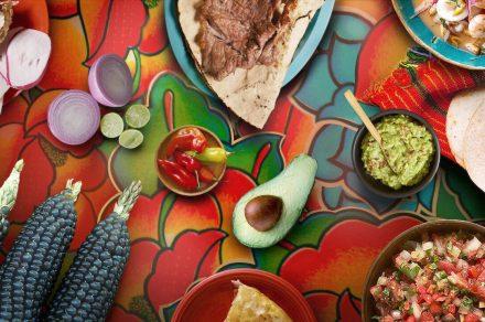 Viajes y gastronomía: 3 nuevas docuseries que la rompen