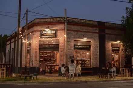Doña Auria: una despensa para vermutear en Tolosa