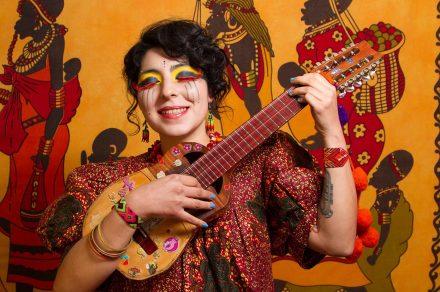 Sofía Viola: la voz latinoamericana en El Teatro Bar