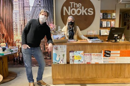 The Nooks: una librería sin vidriera con calidez de hogar